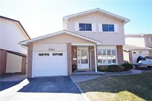 2-Storey 3+1 Bdrm Detached Home In Meadowvale