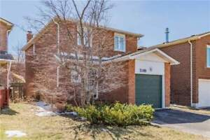 A Mississauga Beauty! Detached For Sale In Meadowvale Under 800k