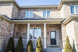 Beautiful 3 Bedroom Open Concept Townhome In Prime Location