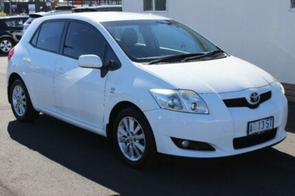 2009 Toyota Corolla ZRE152R Conquest White 6 Speed Manual Hatchback Devonport Devonport Area Preview