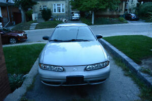 2004 V6 Oldsmobile Alero in running order selling as is