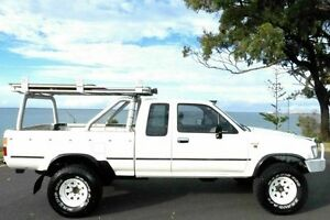 1994 Toyota Hilux RN110R Xtra Cab White 5 Speed Manual Utility South Gladstone Gladstone City Preview