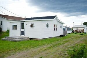 WINTERIZED COTTAGE in Pointe du Chene, NB (Parlee Beach)