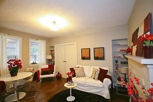 WANTED: Roommate for Furnished Luxury Toronto Apt - May 1 or NOW
