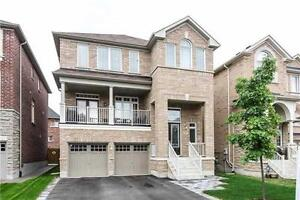 Detached 5 Bdrm Home in Bathurst/Lebovic Campus Location!