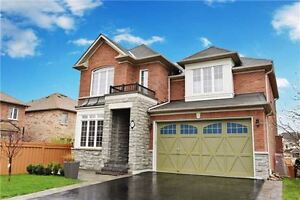 HOUSE FOR SALE IN PICKERING WITH W/O BASEMENT APARTMENT