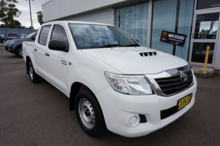 2014 Toyota Hilux KUN16R MY14 SR Double Cab White 5 Speed Manual Utility