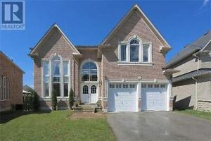 65 Littleside St Richmond Hill Ontario Great house for sale!