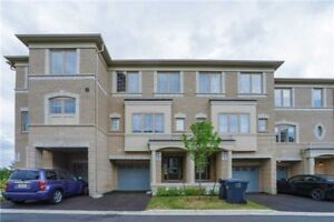 Stunning 1 Yr New 3+1 B/R T/House At Chinguacousy/Dusk dr