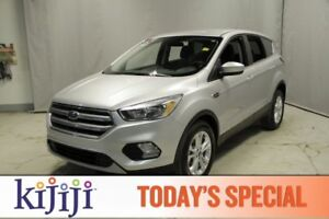 2017 Ford Escape AWD SE Heated Seats,  Back-up Cam,  Bluetooth,