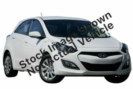 2013 Hyundai i30 GD Active White 6 Speed Manual Hatchback Pearce Woden Valley Preview
