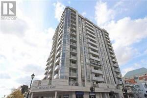 Renovated To Perfection,2+1Br,2Wr,1477 LAKESHORE Road,Burlington