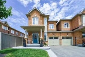 Absolutely Stunning All Brick Freehold Town House Location!