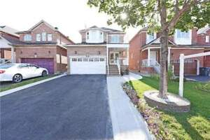 FOR SALE- 4+1 BR DETACH PRICED TO SELL IMMEDIATELY / GREAT DEAL