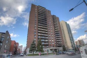 Jr. 1 Bdrm available at 65 East Sherbrooke Street, Montreal