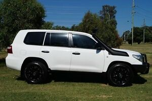 2013 Toyota Landcruiser VDJ200R MY13 GX White 6 Speed Sports Automatic Wagon Bundaberg West Bundaberg City Preview