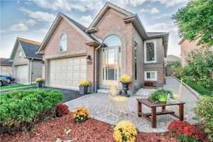 Gorgeous And Spacious Detached Raised-Bungalow. Must See!