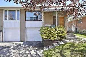Stunning Clarkson Semi For Sale l Mississauga