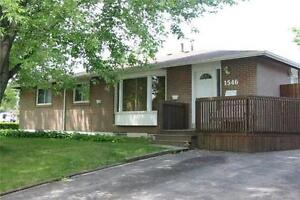 This 3 Bedroom Semi Located In Clarkson Is Awaiting Your Touch !