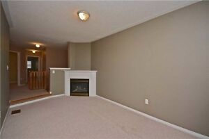 Fantastic End-Unit Townhome in Milton Near GO Station! Oakville / Halton Region Toronto (GTA) image 7