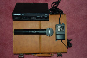 Shure SM-58 wireless mic with case