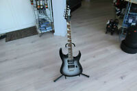GREAT CONDITION - Ibanez GRG170DX Two-Tone Color Body - 24 Fret