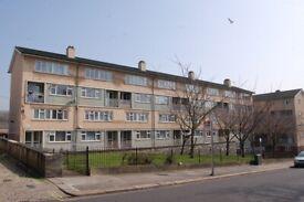 3 Bedroom Maisonette, 3rd Floor - Stoke Road Flats, Stonehouse, Plymouth, PL1 5JG