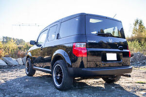 2006 Honda Element AWD + Winter wheels and tires