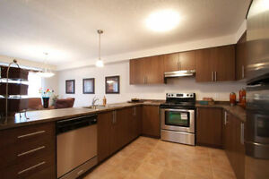 3 OR 4 BEDROOM TOWNHOUSE | 5 APPLIANCES London Ontario image 1