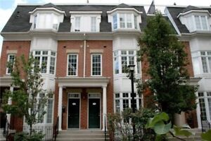 Townhouse in Central Toronto with exquisite roof top patio