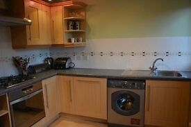 THREE BEDROOM FLAT WEST END FOR RENT