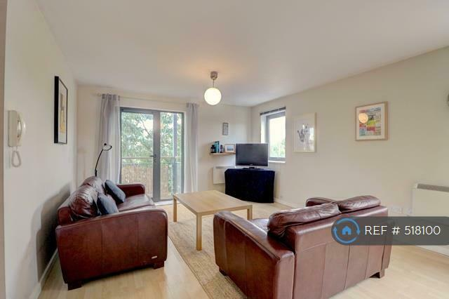 1 Bedroom Flat In Quay 5 Salford M5 Bed