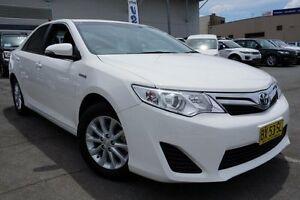 2013 Toyota Camry AVV50R Hybrid H White 1 Speed Constant Variable Sedan Hybrid Pearce Woden Valley Preview
