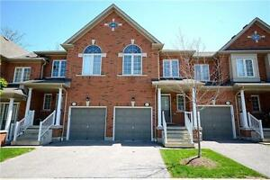 Stunning 3 Bedroom Town Home In Meadowvale Village X4800540 MA26