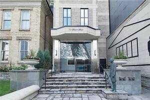 1+Den Condo@Fabulous Symphony Place W/City View At 71 Simcoe St