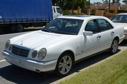 1999 Mercedes-Benz E320 W210 Elegance White Automatic Sedan Highland Park Gold Coast City Preview