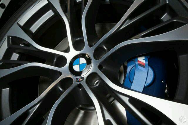 "SET OF 4 X BMW 22"" PERFORMANCE STYLE ALLOY WHEELS BMW X3 X5 X6 RANGE ROVER VW T5 ETC....."