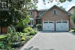 65 Keffer Circ Newmarket Ontario House for sale!