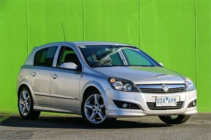 2008 holden astra ah my09 sri silver 4 speed automatic coupe cars 2007 holden astra ah my07 sri silver 6 speed manual hatchback fandeluxe Gallery
