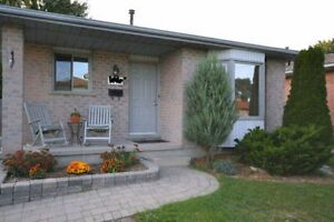 HOUSE FOR RENT 3 BED WHITE OAKS AREA $1400 PLUS UTILITIES