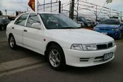 2002 Mitsubishi Lancer CE GLi White 5 Speed Manual Sedan Brooklyn Brimbank Area Preview