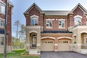 Welcome Home!!! Prestigious Area Of Lebovic. This Stunning Brigh