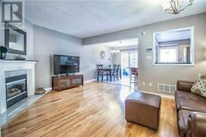 Executive Townhome,3Bed,3Bath,455 APACHE CRT, Mississauga