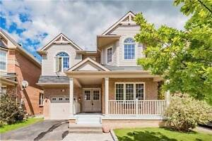 Stunning!! Detached Bright, Spacious 4 Bedrooms House for Lease