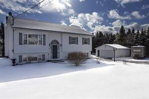 Fabulous Porters Lake family home with double detached garage