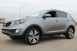 2013 Kia Sportage AWD EX Accident Free,  Leather,  Heated Seats,