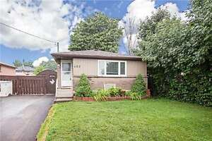 FOR LEASE: 5 Bedroom Bungalow in Oshawa
