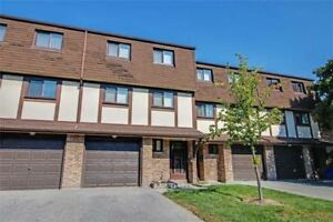 BEST VALUE IN PICKERING!!!!!! LARGE 3BED 2BATH  CONDO TOWNHOME!!