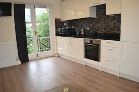 STUNNING NEW 2 Bedroom flat in Earls Court/West Brompton