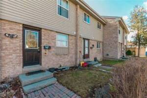 Fabulous Well Maintaind 3+2Br 2Wr TH Streetsville 6699FalconerDr